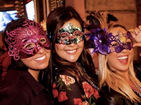 It's Mardi Gras Time, San Diego! Jump On The Big Easy Bites & Booze Tour!