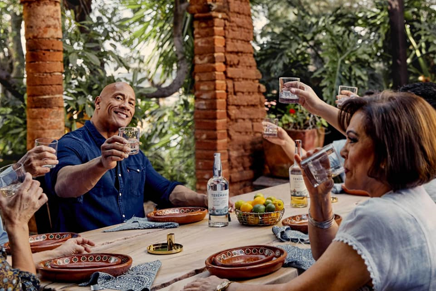 """Dwayne """"The Rock"""" Johnson And Teremana Tequila Encourage Nation To Support Local Restaurants With Groundbreaking """"Guac On The Rock"""" Initiative"""