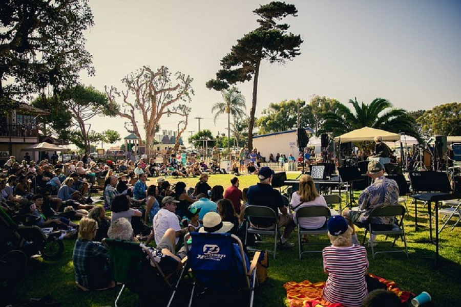 Carlsbad Music Festival Presents Eclectic Lawn