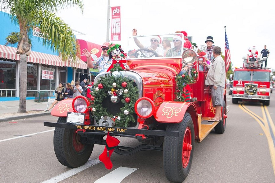 The Pacific Beach Holiday Parade